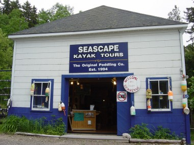 LIKE MANY DEER ISLAND BUSINESSES, THE SEASCAPE SHOP SPORTS A NO LNG SIGN.